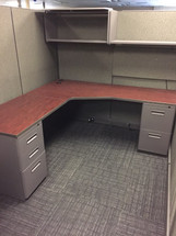 Friant used panel system cubicle