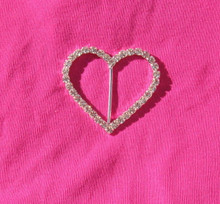 Tee shirt clip tie pull holder heart rhinestone single row