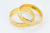 YELLOW GOLD BANGLES, SET OF 2, 21K, Size: Large, Weight: 48g, YGBANGL097