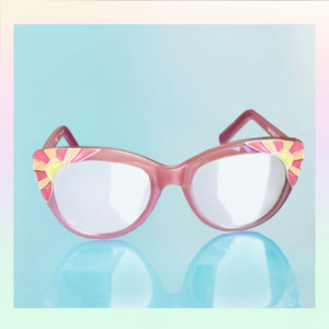 Cat Eye Sunglasses Sunnies Fun Cute Enamel Temple Details Sunrise - PASTEL PINK - On Model - Wildflower   Co  (13)