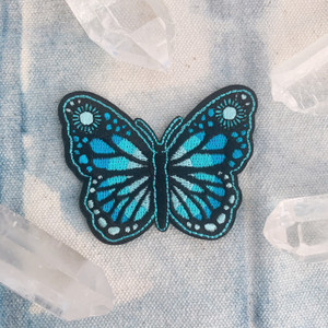 TR00366-ALL-OS Butterfly Patch Iron On Patch Applique Embroidered - Yellow Monarch, Lilac - Purple, or Aqua - Turquoise - Wildflower DIY