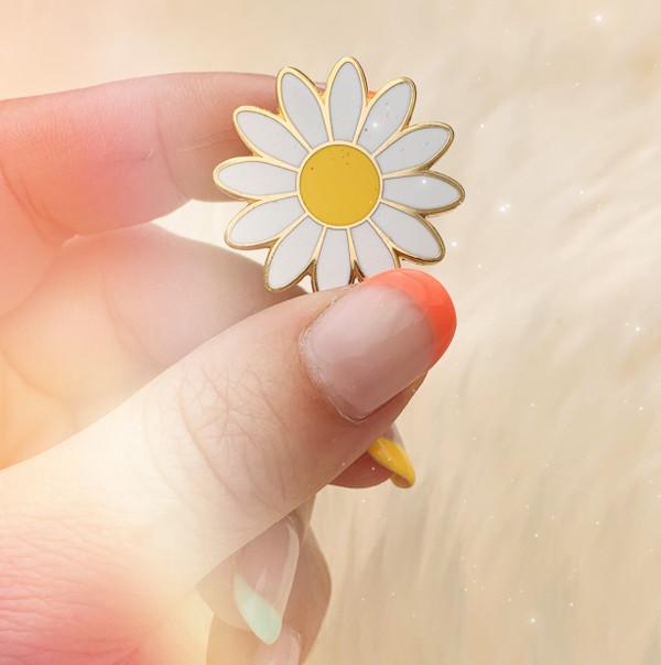 AC00175-MLT-OS Daisy Enamel Pin - Lazy Daisy -  Cute Enamel Pin Flower -  Flower Enamel Pin - Gold White Yellow - Wildflower + Co. - VSCO