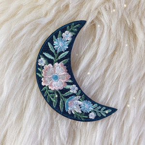 Botanical_Crescent_Moon_Iron_On_Patch_Cute_Patch_TR00417-MLT-OS-VSCO