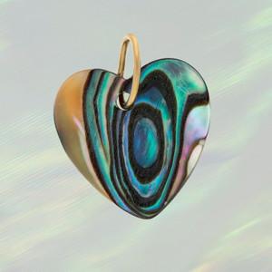 JW00745-MLT-OS - Shell Heart Charm- Abalone (Large) - Charm, Charms, Pendant, Pendants, DIY, Jewelry Making, Jewelry Supplies, Jewelry Making Supplies, Necklace Charm, Bracelet Charm, Charm for Necklace, Charm for Bracelet, Shell Charm, Abalone, heart, Heart charm, Shell heart charm, cute gifts, Positivity, Cute Charms, VSCO