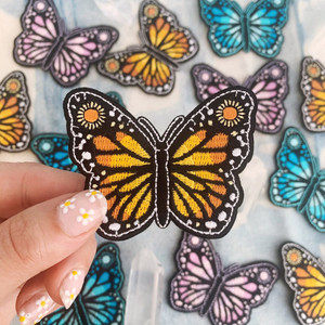 Butterfly Patch with Sunflower, Iron On, Applique, Embroidered Patches, Applique, VSCO - Camping Outdoors Nature, Wildflower + Co. Let our cute little butterfly patch serve as a reminder to never stop evolving & soar! Wings are filled with the radiant sun & wings are accented with sunflowers.