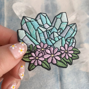We're seeing crystal visions with these cute crystal iron on patches with floral accents. Wildflower + Co. DIY patches.    ♥ Aqua - represents fluorite with lilac accents