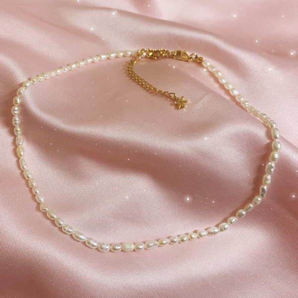 JW00930-WHT-OS-R - Freshwater Pearl Necklace, Necklace, Pearls, Freshwater Pearl, Pearl Necklace, Pearl Choker, Choker, Chain, Gold Chain, Dainty, Elegant, Soft, Jewelry