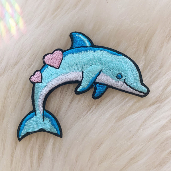 TR00477-MLT-OS - Dolphin Patch, Patches, Patch, Iron On, Iron On Patches, Patches for Jackets, Embroidered Patches, Animal Patch, Cute Patch