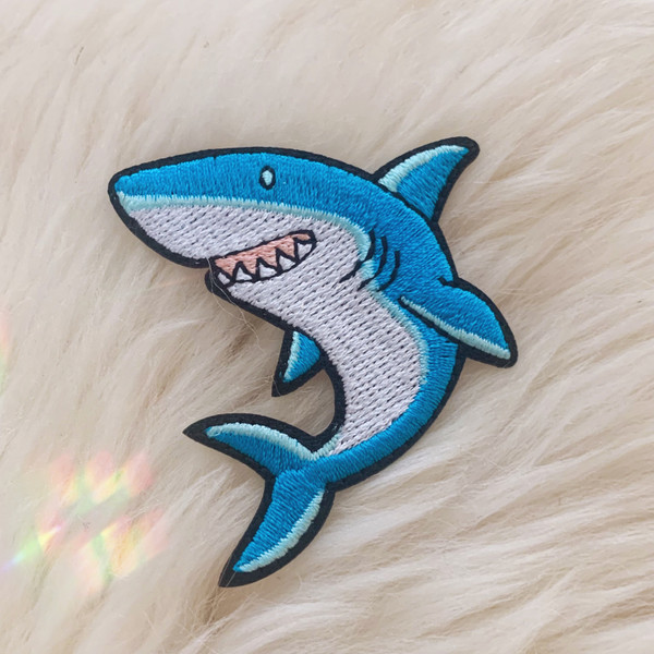TR00478-MLT-OS - Friendly Shark Patch, Patches, Patch, Iron On, Iron On Patches, Patches for Jackets, Embroidered Patches, Embroidery, Embroidered, Shark Patch, Shark, Sharks