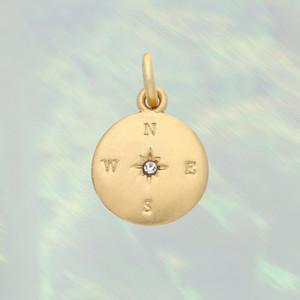 JW00154BGDOS - Compass Charm, Brushed Gold - Charm, Charms, Pendant, Pendants, DIY, Jewelry Making, Jewelry Supplies, Jewelry Making Supplies, Necklace Charm, Bracelet Charm, Charm for Necklace, Charm for Bracelet, Gold, Gold Charm, Gold Compass - BC CROP