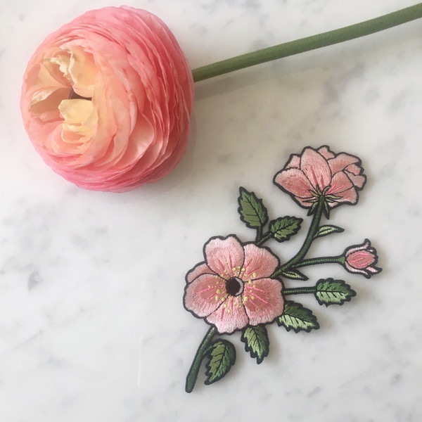 TR00147-MLT-OS-R -RIGHT Pink Flower Patch - Embroidered Iron On Patches - Wildflower Co (4)