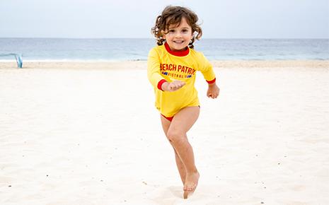between-the-flags-beach-patrol-blog-465x290-1.jpg