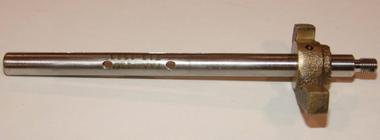 AV13-1523 Throttle Shaft Assembly