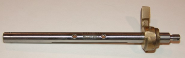 AV13-1526 Throttle Shaft Assembly