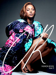 CR Fashion Book Magazine  (US) - 2 iss/yr (To US Only)