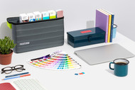 Pantone Portable Guide Studio | GPG304M
