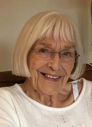 In loving memory of Marie Elizabeth Lee (27th October 1932 - 5th April 2021)