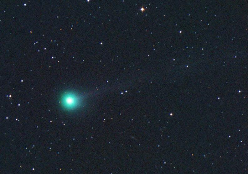 machholz-comet-nov-11-michael-jager.jpg