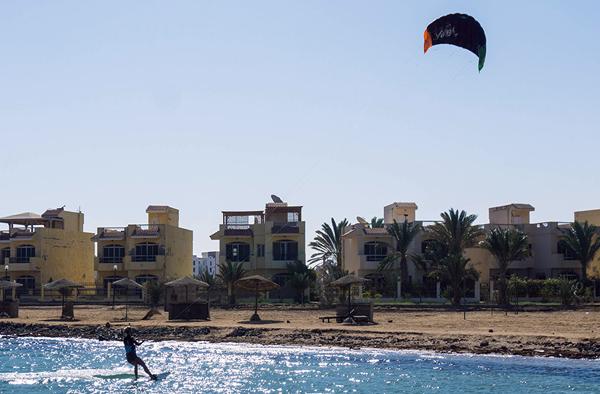entry-level-kiteboarding-viron.jpg