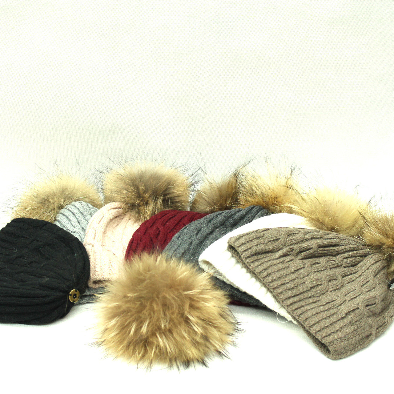 ea4dd219 Lady's Real Raccoon Fur Pom Pom Hat (Removable )