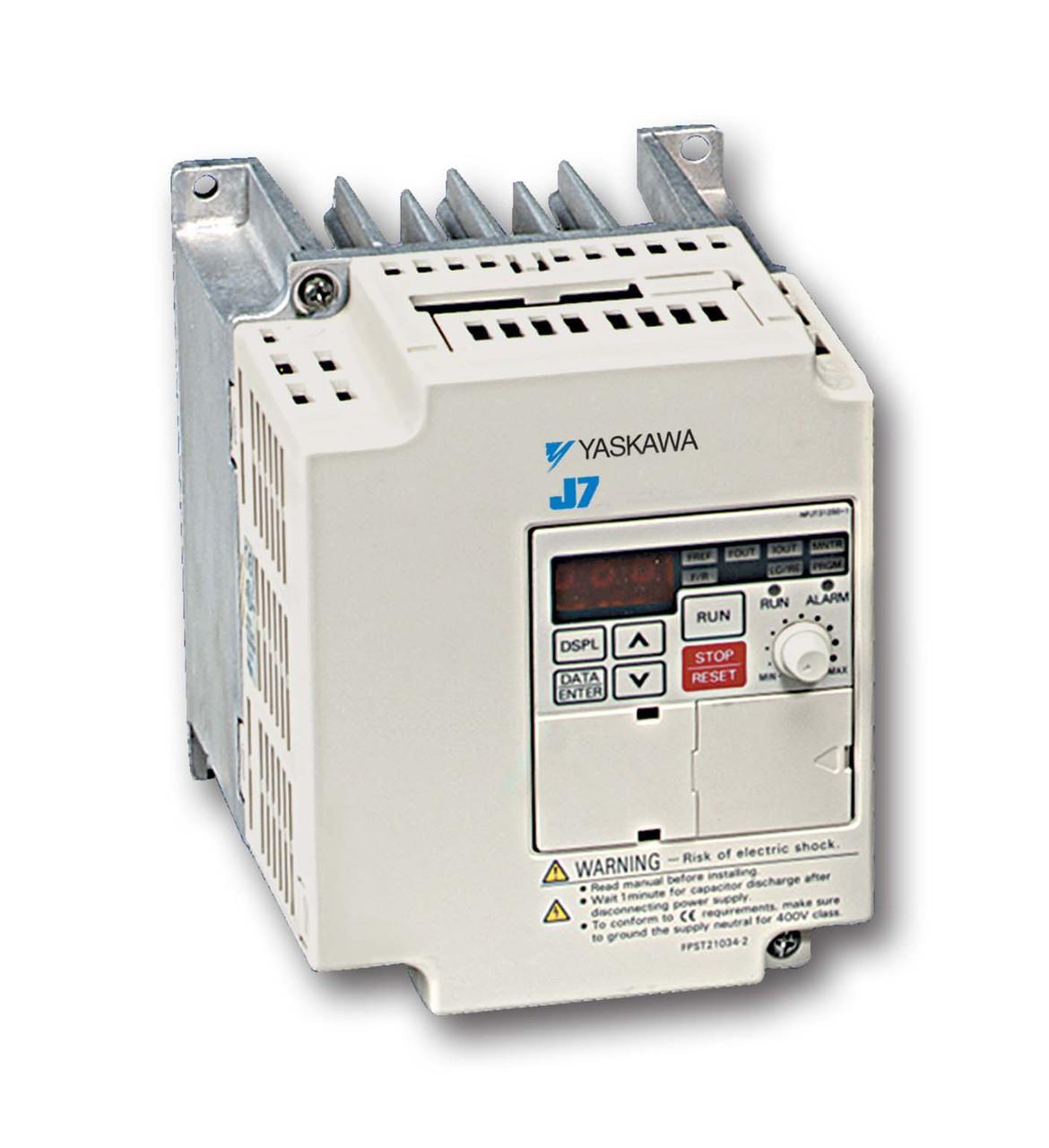 New CIMR-J7AM22P20 Yaskawa J7 GPD305 AC Drive 2 2kW