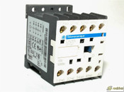 CA2KN31G7 Schneider Electric Industrial control relay 10Amp 120V