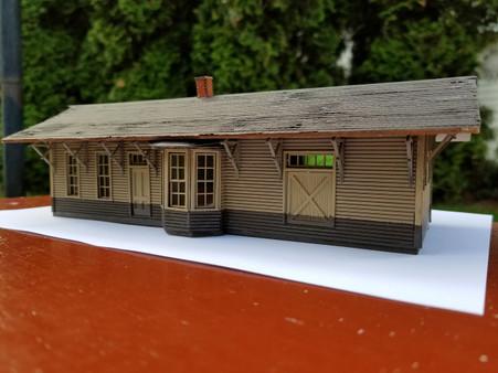 HO - Scale 1883 NP Freight & Passenger Depot