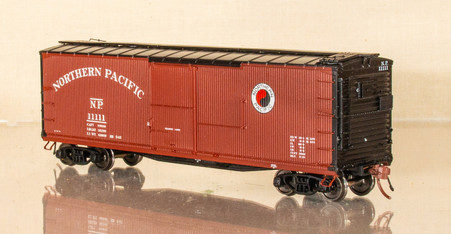 "Rapido 1945-1950 DS Boxcar - 36"" Monad - Black Ends"