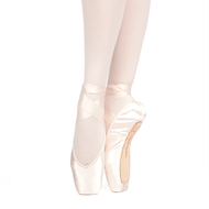"Muse - Russian Pointe Adult ""Muse"" Pointe Shoe"