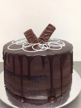 Naked Dark Chocolate and Caramel Mud Cake