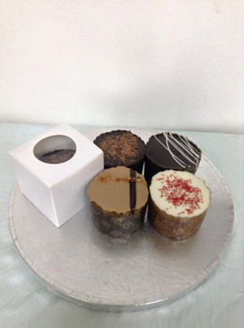 GroupOn 12 Mini Cakes Chocolate or Jaffa