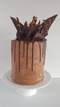 Dark Chocolate Mud Cake with Chocolate Buttercream