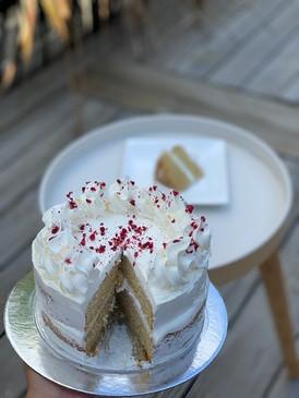 Classic Vanilla Cake (COMING SOON)