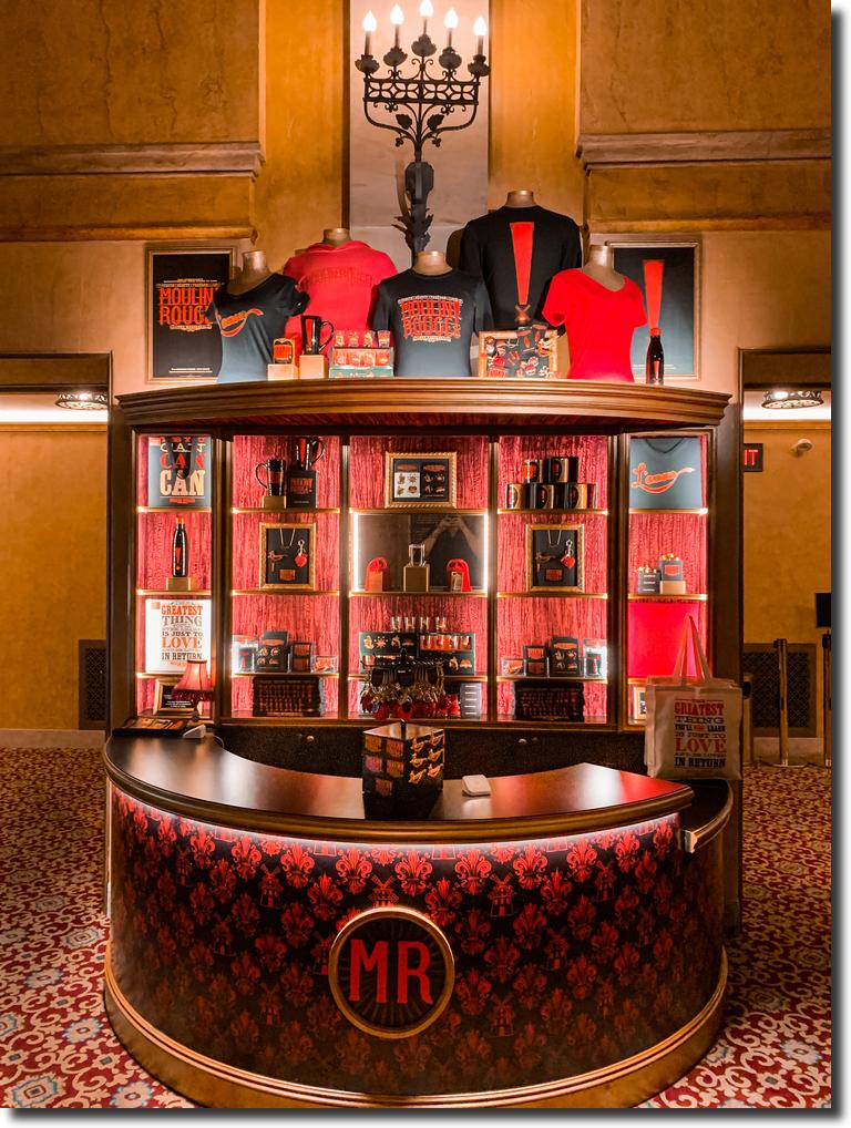 Platypus Merchandise Moulin Rouge