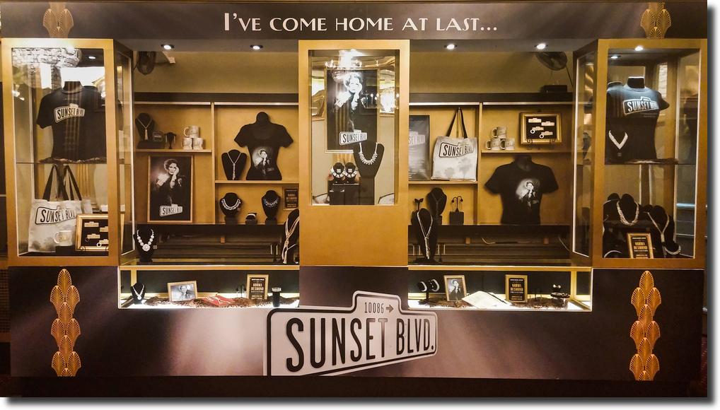 Platypus Merchandise Sunset Boulevard