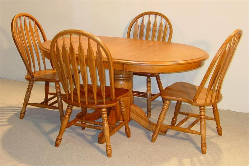 Oval Solid Oak Table Set In Golden Finish