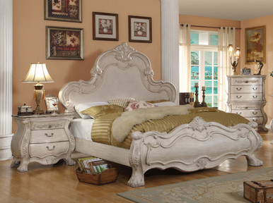 Aptos Hills 4-Pc Antique White Sleigh Bedroom Set | Antique White Bedroom Set