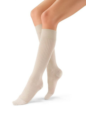 Jobst soSoft - Knee High 8-15mmHg