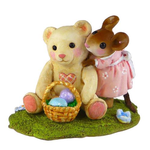 Wee Forest Folk Miniature - Teddy's Easter Hug (M-522)