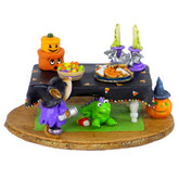 Wee Forest Folk Miniature - Spooky Smorgasbord (M-302d)