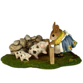Wee Forest Folk Miniature - Piggy Petting Zoo (M-466c)