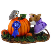 Wee Forest Folk Miniatures - Looking Over 1st Prize (M-323a)