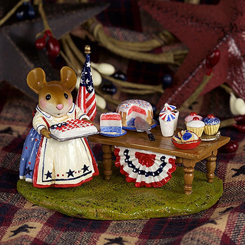 Wee Forest Folk Miniatures - Picnic in the Park Limited Edition (M-570s)
