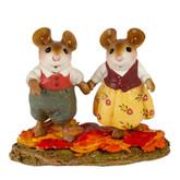 Wee Forest Folk Miniature - Leaf Lovers (M-701)