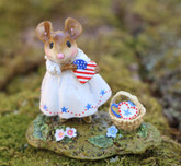 Wee Forest Folk Miniature - My Country Heart (M-499c)