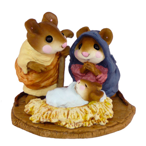 Wee Forest Folk Miniature - Chris-Mouse Pageant (M-117)