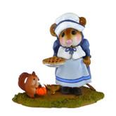 Wee Forest Folk Miniature - Wee Pumpkin and Pie Blue (M-496)