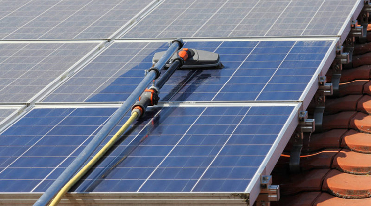 How To Clean Your Solar Panels Solaris