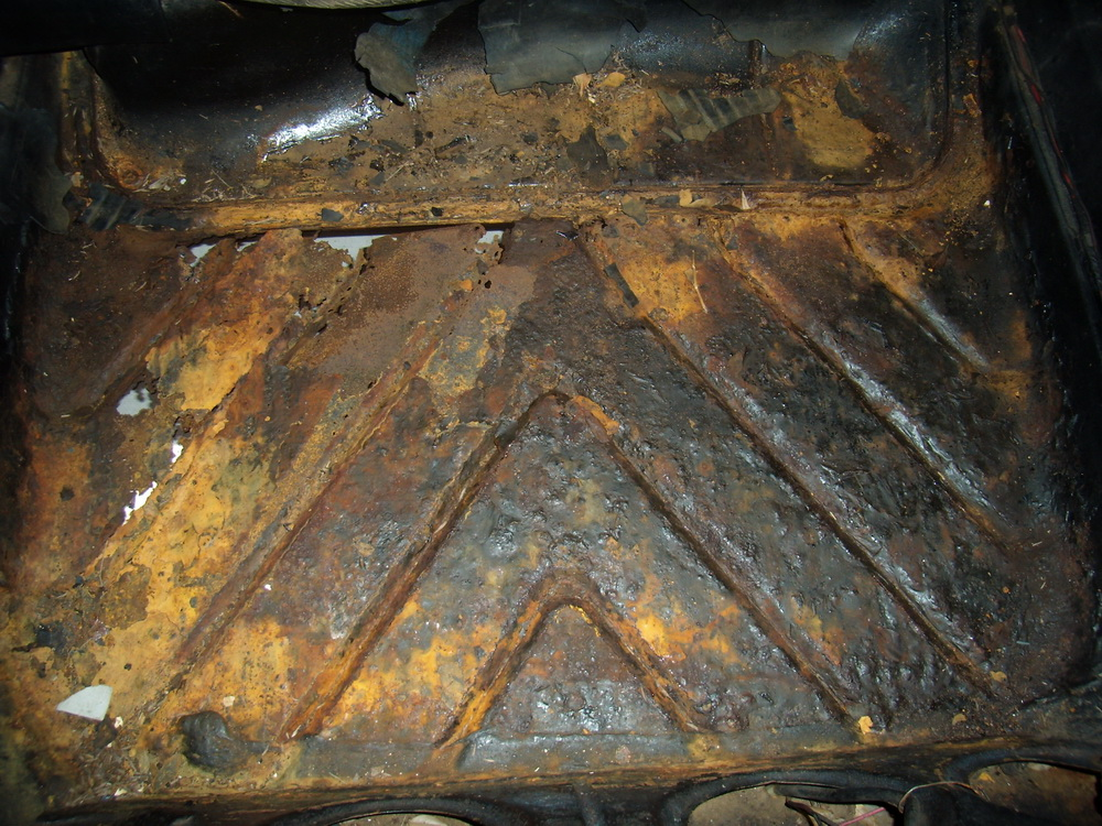 Rusty Holden boot floor