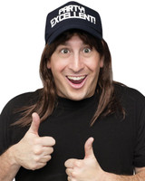 Excellent! Wayne Wig and Hat Accessory Kit